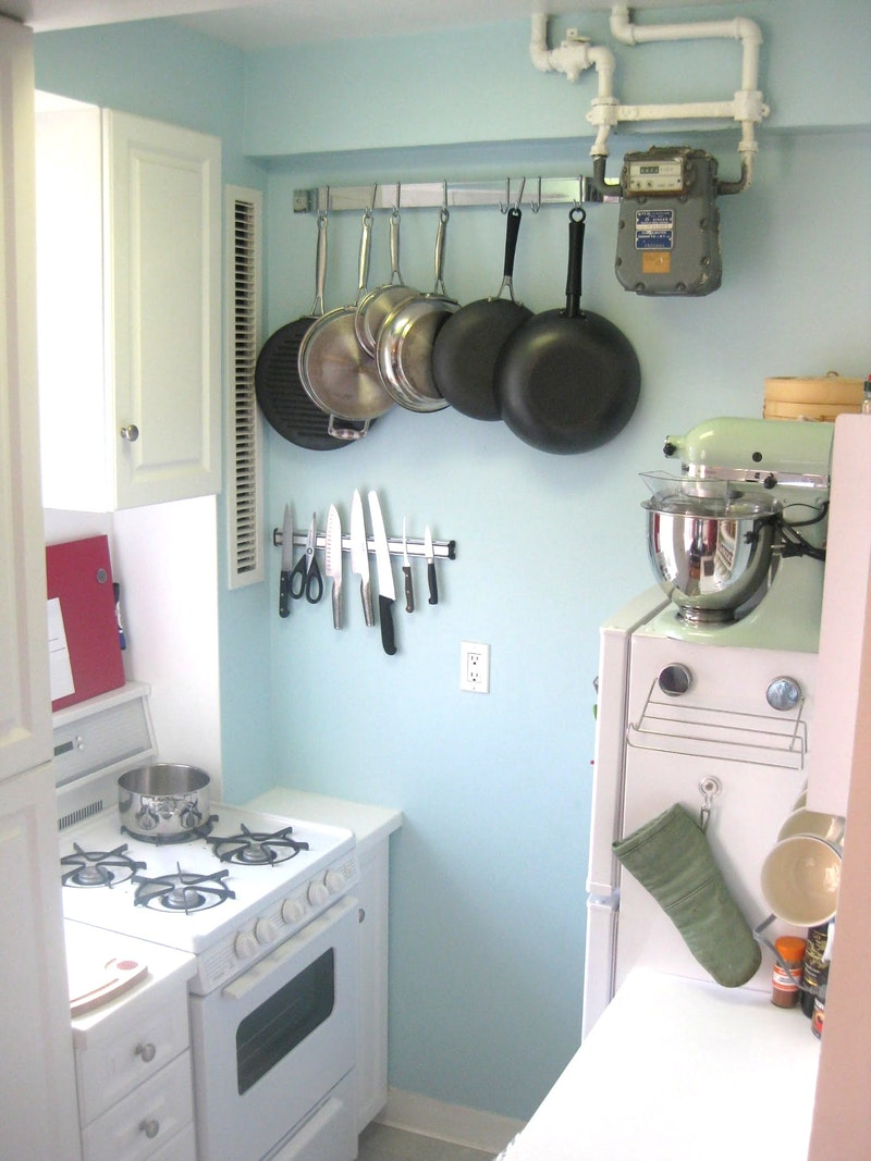 Jill's Bright and Cozy Little Kitchen — Small Cool Kitchens 2013